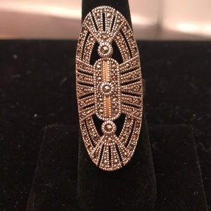 Jewelry - Gorgeous sterling silver and 14k gold ring